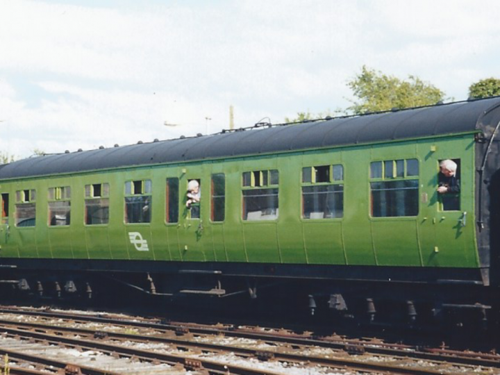 In CIÉ livery at Bagenalstown with the Gall Tír railtour, 9/5/1998. (S. Rafferty)