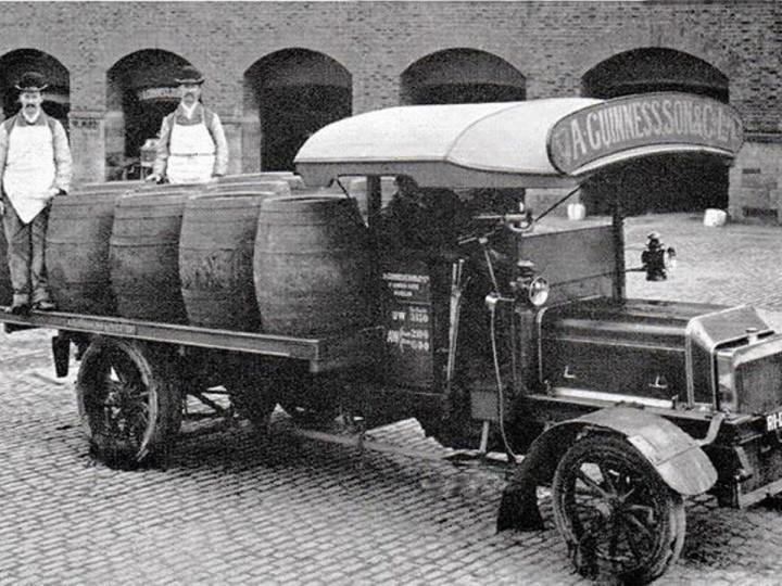 Guinness lorry with Butts holding 104 gallons or 472 litres of Guinness.