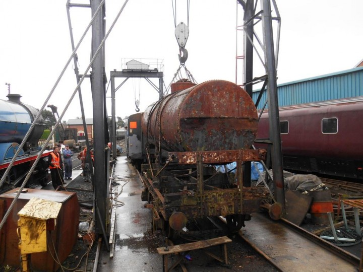 Overhaul starts! The tank is lifted out of its frames on 24th September 2016. (M.Walsh)