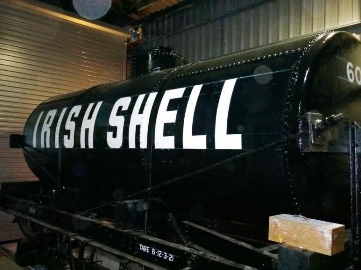 "No. 602 ""Shell Oil Tank"""