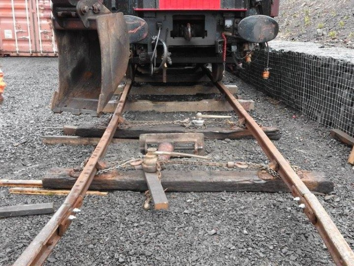 The track straightening process. (R.Thompson)