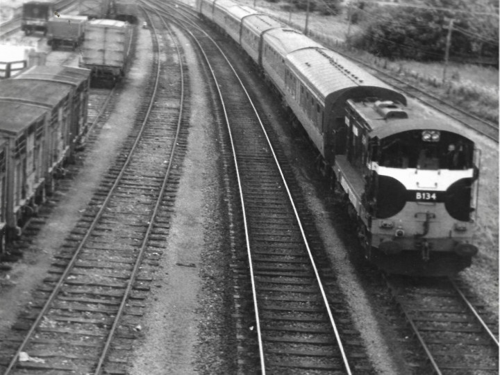 1969: B134 Leaving Limerick Junction with a train to Cork. (CIE)
