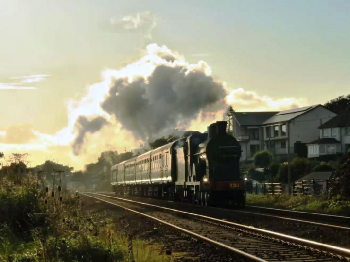 2/10/2021: First post-lockdown mainline turn, a test train just past Downshire on the return from Carrickfergus. (C.P. Friel)