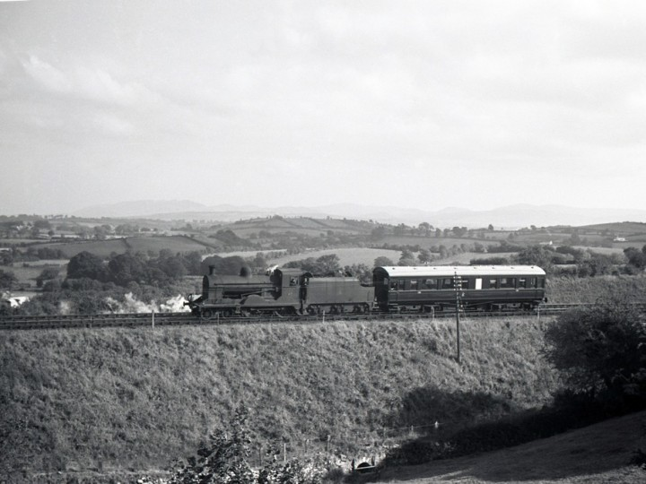 Locomotive No.67 and 150 returning to Goraghwood from the Border, early 1960s. (RPSI Collection)