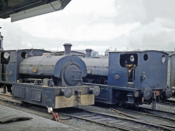 4/9/1963: Guinness No.3 is seen here with sister locomotive No.2 in the brewery yard. (T. Dorrity)