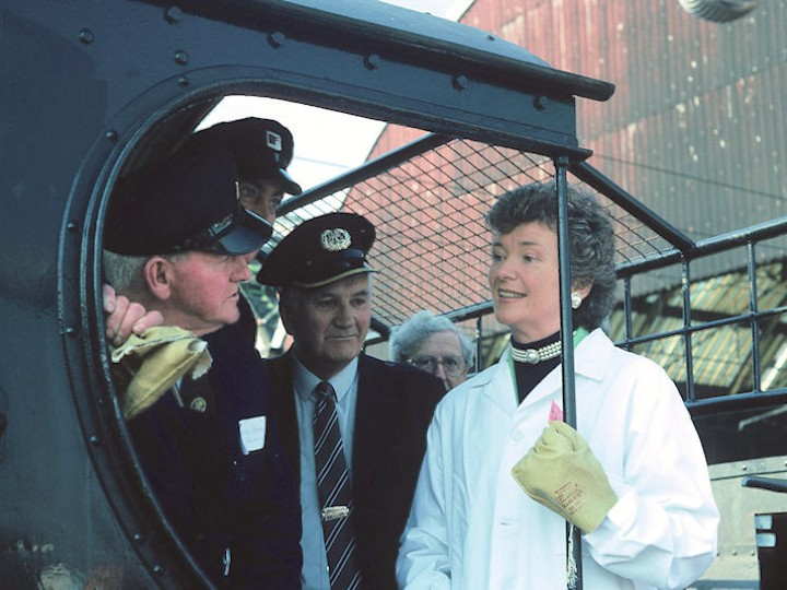 No.461 and her footplate crew are introduced to President Mary Robinson at Dublin's Pearse station on the occasion of the locomotive's official launch on 16th April 1991. (C.P.Friel)